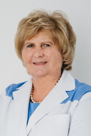 dr. Pádi Éva