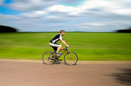 a kerékpár ízületei fájnak)