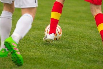Gyakori sportsérülések 40 felett - focitól a futásig
