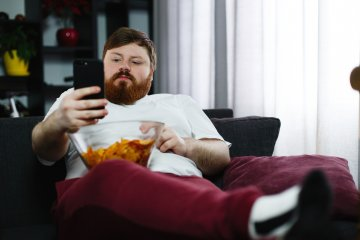 A mobilozás, a mozgásszegénység és a túlsúly miatt is fájhat az ízület