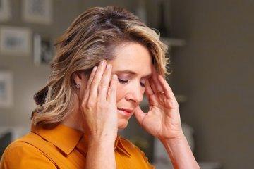 Arcidegzsába - így kezelhető a fájdalom, a zsibbadás
