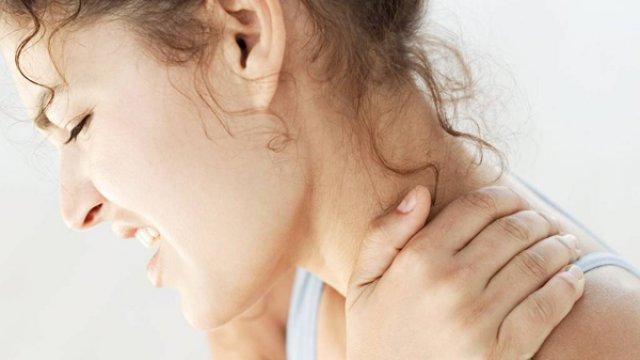 Karzsibbadást is okozhat a nyaki gerincsérv