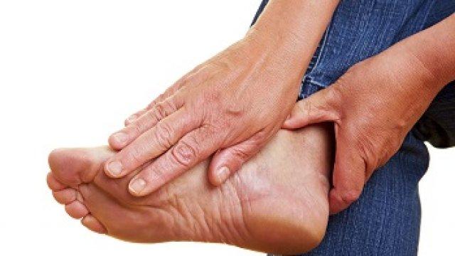 Mikor kell orvoshoz fordulni sarokfájdalom miatt?