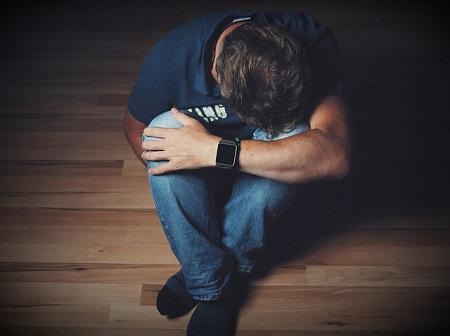 A krónikus fájdalom szindróma valódi szenvedés, ami kezelést igényel.